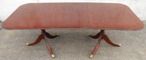 Regency Style Twin Pillar Mahogany Extending Dining Table to Seat Eight